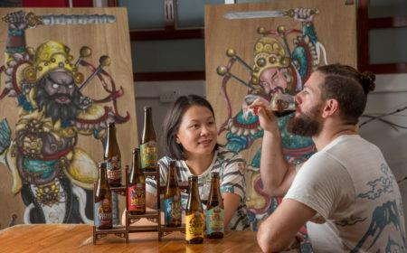來自墨西哥的Laszlo與來自香港的Michele於北京相識,其後結成夫婦,並於香港開創手工啤酒的事業。